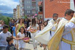 Струмица: Прва Причест и процесија со светата Причест