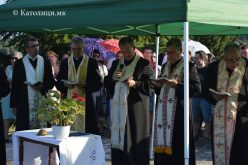 Паљурци: Молебен до Пресвета Богордица