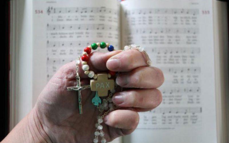 Десет причини за молење на Бројаница