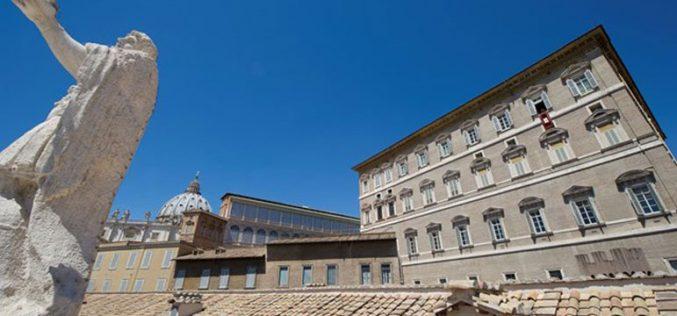 Папата Фрањо: Тоа е страшно, сурово и е злосторство