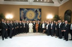 Папата се сретна со фудбалерите на Борусија Менхенгладбах