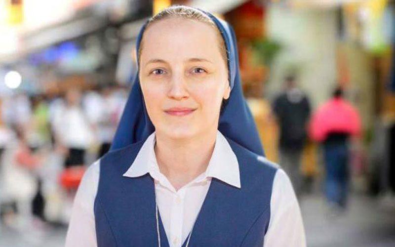 Поранешна панкерка и атеистка станала монахиња