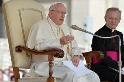 Папата: Исус ни донесува радост и нова надеж