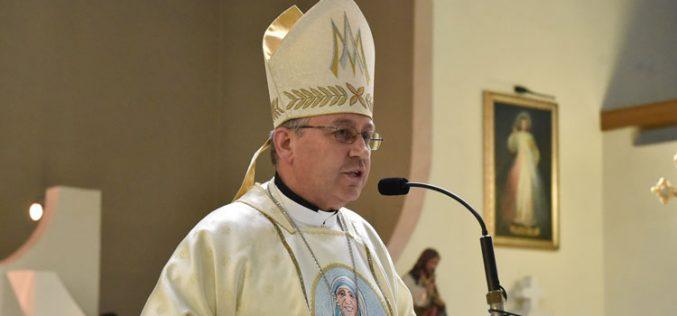 Проповед на бискупот Стојанов за празникот на света Мајка Тереза