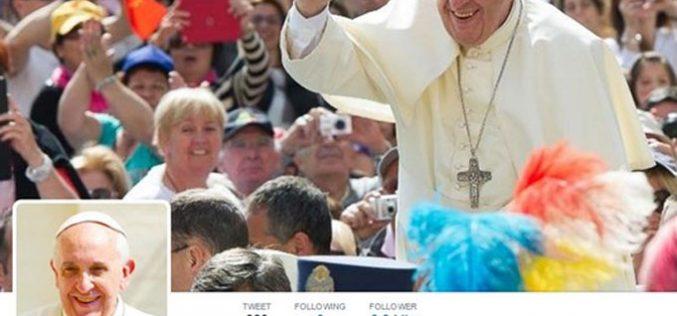 Папата на Твитер има повеќе од 40 милиони следбеници