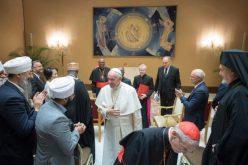 Папата: Насилството во име на религијата е навреда на Бог