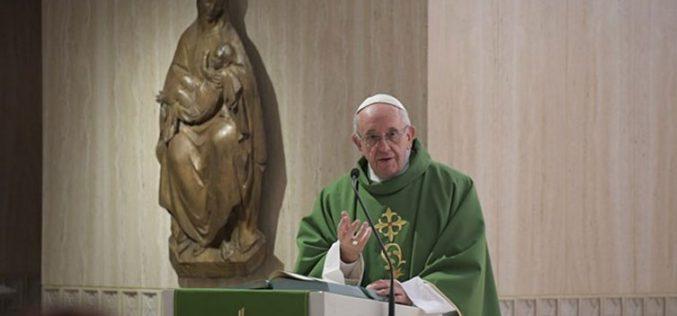Папата: Господ бара од нас да бидеме вистинити во срцето