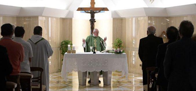 """Папата: """"Дали си навлегол во таинството на Исус Христос?"""""""