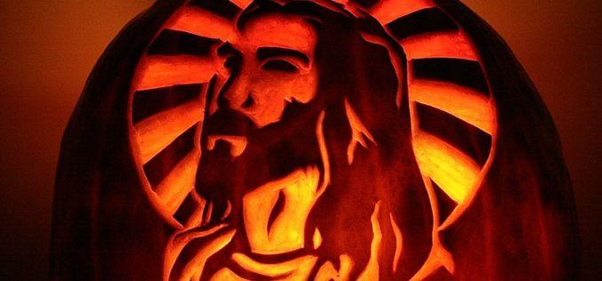 СЛАВЕТЕ ГО ИСУС, а не ноќта на вештерките!