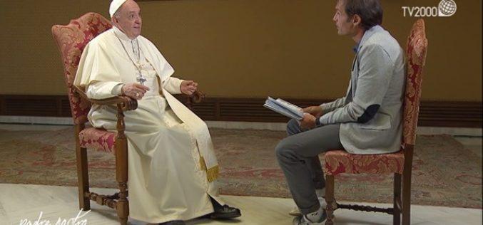 Папата: И јас понекогаш заспивам за време на молитвата