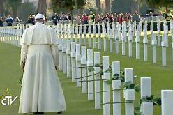 Папата на Твитер за таинството на смртта и верата