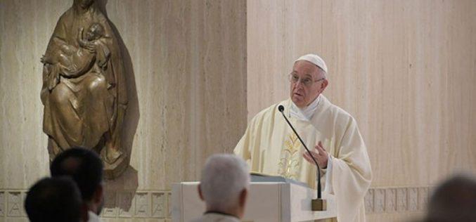Папата: Соблазната го ранува срцето и ја уништува надежта
