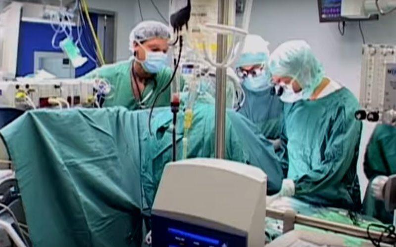 Во болницата Бамбино Џезу успешно разделени сијамски близнаци