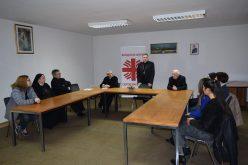Претседателот на Македонски Каритас се сретна со вработените