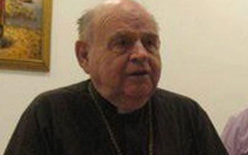 Почина отец Роман Миз