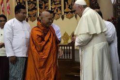Папата се сретна со будистичките монаси