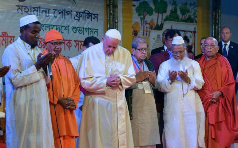 Меѓурелигиската и екуменска средба за мир во Дака