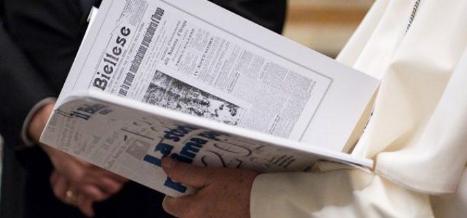 Папата: Важно е да се обезбеди постоењето на католичкиот печат