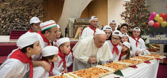 Папата го прослави својот 81 роденден