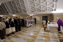 Папата: Да не ни остане срцето затворено