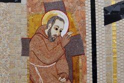 Папата ќе ги посети Пиетрелчина и Сан Џовани Ротондо