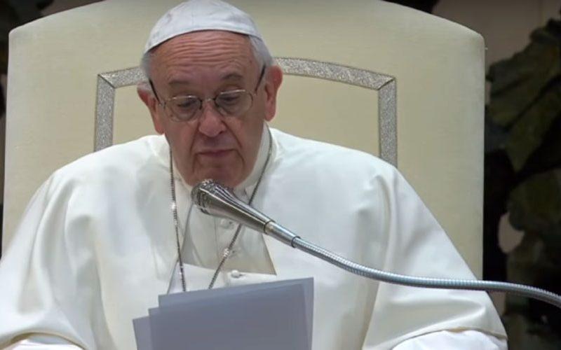 Папата: Да ги подготвуваме срцата за Литургијата