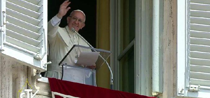Папата: По Христовото доаѓање потребно е промена на менталитетот