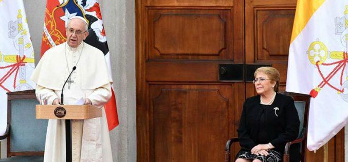 Средба на Папата со претставниците на власта во Чиле