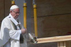 Папата до Чилеанците: Ако сакаш мир, работи за правдата