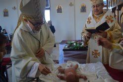 Бискупот Стојанов е подготвен да го крсти секое петто родено дете во едно семејство