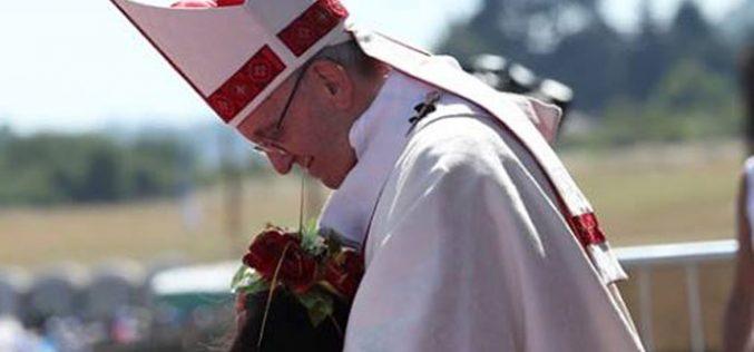 Папата се сретна со роднини на жртвите од диктатурата на Пиноче