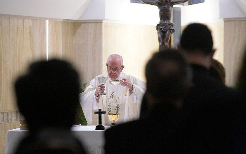 Папата: Навестувањето не смее да биде млако