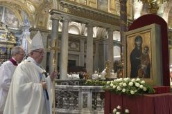 Папата: Во домот каде што има икона на Божјата Мајка ѓаволот не влегува