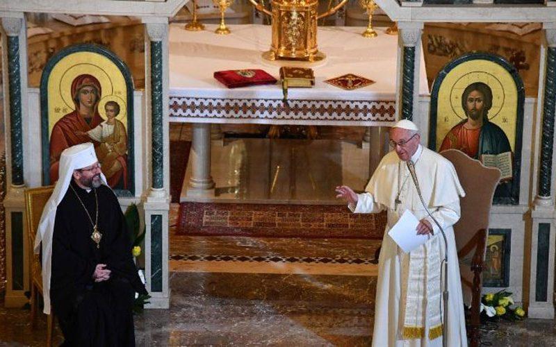 Папата ја посети украинската заедница во Рим