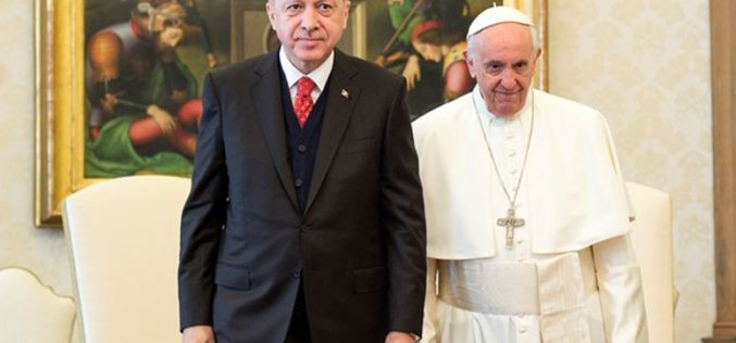 Папата го прими турскиот претседател Ердоган