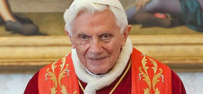 Папата Бенедикт XVI: Ваша Светост Ви ветувам послушност и молитва