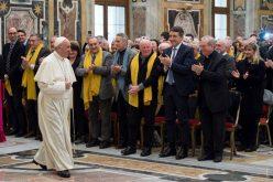 Папата Фрањо: Корупцијата продира насекаде