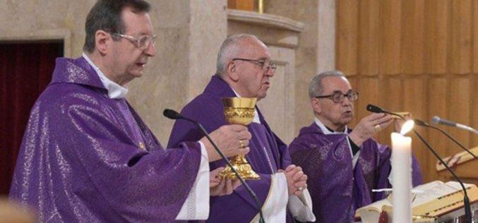 Папата се заблагодари на дон Толентино за духовните вежби