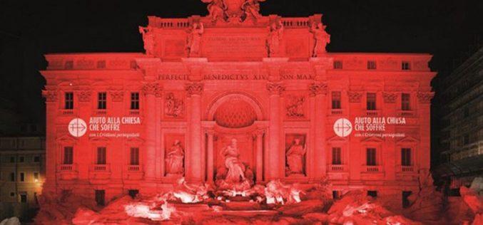 Колосеумот во црвено: Потсетување на прогонетите христијани