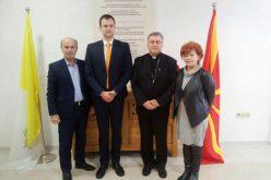 Бискупот Стојанов го прими директорот на Комисијата за односи со верските заедници и религиозни групи