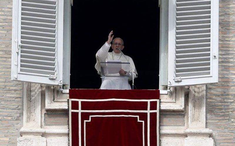 Папата: Не живејте за личната корист, туку за Божјата слава