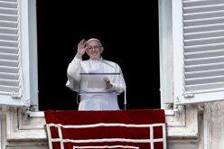 Ангел Господов: Крстот не е украс или моден додаток