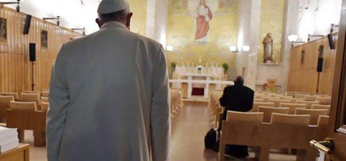 Папата изрази сочувство по повод атентатот во Франција