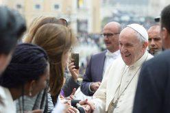 Папата до младите од Опус Деи: Барајте го Христос