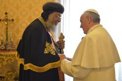 Коптскиот патријарх Тавадрос II му го честиташе Велигден на папата Фрањо