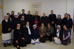 Велигденска честитка до бискупот Стојанов од Богопосветените лица