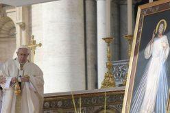 Папата Фрањо: Размислувајте за Божјото неизмерно милосрдие