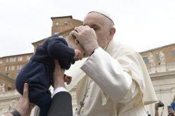 Папата: Светоста е најпривлечното лице на Црквата