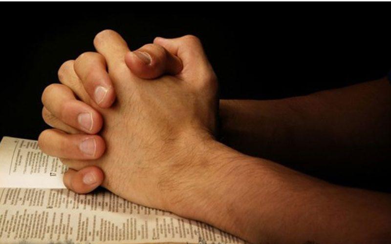 Папата: Нема светост без молитва!