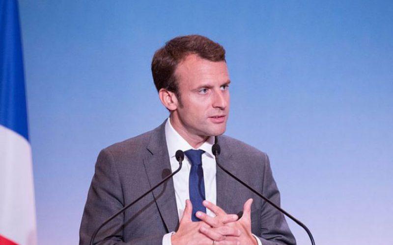Францукиот претседател Макрон до француските бискупи